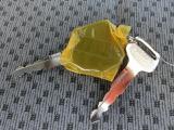 ボタン一つで楽々施錠♪手荷物がいっぱいでも簡単にロック・アンロックが可能です♪