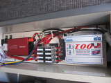 サブバッテリー、走行充電装備