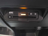 ETC車載機のお写真です。高速道路などで便利ですね♪