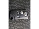 スマートキーのお写真です。電池式なので鍵の開け閉めが楽々ですね♪