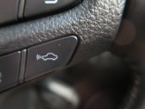 ●プリクラッシュセーフティシステム【進路上の車両や歩行者を前方センサーで 検出し、衝突の可能性が高いとシステムが判断したときに、警報やブレーキ力制御 により運転者の衝突回避操作を補助します!】