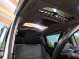 ★解放感溢れる【サンルーフ】!車内には爽やかな風や太陽の穏やかな光が差し込みます☆