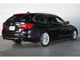 BMW 523iツーリング ラグジュアリー