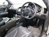 アウディ R8 4.2 FSI クワトロ 4WD
