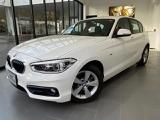 BMW 118i スポーツ
