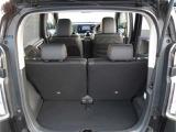 トランクの間口が広く荷物の出し入れがしやすく便利です。