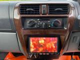 テレビ付きナビ、エアコンも付いて快適な車内空間になっています!