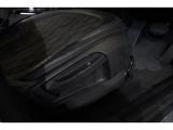 ドイツ本社と同様の教育・訓練を受けたBMW専門のメカニックが、100項目にも上るポイントを徹底的にチェックし、交換基準に達した部品があれば、BMW純正部品を使用し整備致します。
