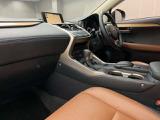 レクサス NX300h バージョンL 4WD