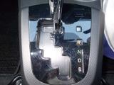 CVT(無段変速)車です!センターシフトが、とても使い易い♪ 良.燃.費に貢献するのも、このCVTです(^^*)