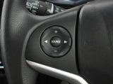 オーディオの音量調整がハンドル部で出来て、運転中でも操作が可能です!