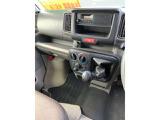 日産 NV100クリッパー DX ハイルーフ 4WD