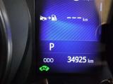 撮影時の走行距離は約3.5万kmです。安心のハイブリット保証付きです。
