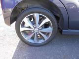 タイヤチェックもバッチリしております!走行距離はまだまだ7000キロ!タイヤの溝もまだまだ十分にございますよ♪