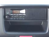 純正ラジオデッキ装備♪