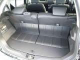 トランクの画像です。汚れに強い防汚素材が用いられています。