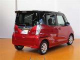 1年間無料のトヨタ 「ロングラン保証」 をお付けします!走行距離は無制限!約5000部品が保証対象です! さらに、全国約5000のトヨタ販売店で対応します(*^^*)