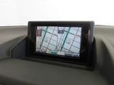 メーカー装着のフルセグチューナー付きHDDナビで初めての道や遠出も安心です。