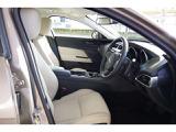 ジャガー XE ピュア 2.0L D180 ディーゼル AWD