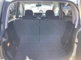リヤシートのスライド機能を使うだけで荷室スペースが拡大!乗員優先?荷物優先までシーンに合わせてアレンジ自在なリヤシートです♪