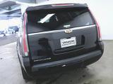キャデラック エスカレード プラチナム 4WD