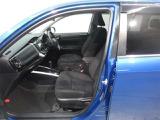 ご覧の車両以外にも多数のU-Carを展示販売しております。