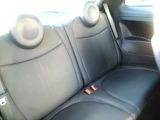 ●後部座席『シートを倒せばお荷物も積めますの様々な用途でお使い頂けます。』
