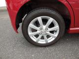 タイヤもまだ大丈夫です。当社規定のメンテナンスを実施したうえでお渡し致します。