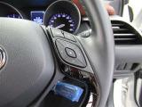 ハンドルを握ったままメータ内の車両情報や車両状態をチェックする事が出来ます!自分の車の燃費はどのくらい?あとどのくらい走行できる?エコドライブの始まりです☆