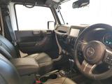 クライスラー ジープ・ラングラーアンリミテッド アルティテュード 4WD