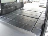 レジアスエース  ニーズボックス ベッドキット4WD