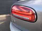 ヘッドライトの表面はくもりも無くキレイな状態が保たれております!