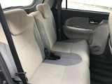 大人の方でもしっかりご乗車できるスペースを確保。チャイルドシートの取り付けにも対応しているので、ご家族にもこの一台でお出かけを楽しんでいただけます♪