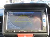 リヤカメラが付いていますのでバックが苦手な方も安心です。狭い所の駐車や後方の障害物を確認しながら安心してバックガ出来ます。