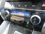 排気ガス検知式内外気自動切替システム付フルオートエアコン(前席左右・前後独立温度コントロール)