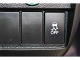 【VSA】ブレーキ時の車輪ロックを防ぐABS、加速時などの車輪空転を抑えるTCS、旋回時の横滑り抑制の3つの機能をトータルに制御!予期しないクルマの挙動の乱れを防ぎます!