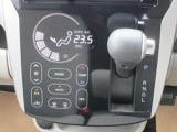 ドライブレコーダーです。もしもの時に大変役立ちます。