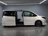 トヨタ ノア 2.0 Si ウェルキャブ 助手席リフトアップシート車