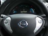 ハンドル廻りに操作スイッチがあるので運転中の操作も楽々。