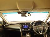 見やすいメーターパネルのダッシュボードで、視界も広々としており、ドライブも快適です。