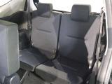 サードシート!使わない時はセカンドシートの下に収納できます!