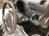 運転席にもカップホルダーが付いています
