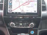 日産純正メモリーナビ(MM319D-L)が搭載。Bluetooth対応しております。後席のエアコン操作も、運転席でできるので、便利です♪