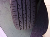 タイヤ残溝あります。