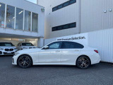 BMW 330i Mスポーツ