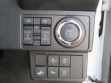 スマートキー付きです。鍵を出さずに楽にエンジンを始動できます