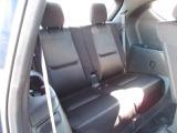 サードシートは折りたたみ可能でありながら、長距離でも快適にお過ごしいただけるよう設計されており、日常的にお使いいただける3列SUVとなっております。