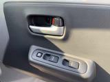 パワーウインドウ装備!窓の開閉もボタン一つで楽々!助手席の窓も操作できます!