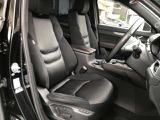 運転席も広々、運転者様の姿勢をサポートします♪