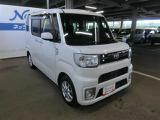 トヨタ ピクシスメガ L SAIII 4WD